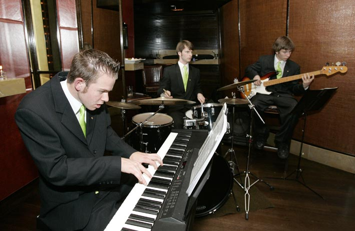 steven-barry-trio
